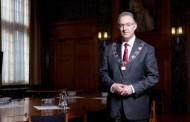 بوطالب رئيسا للوزراء في هولندا