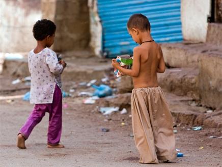 منظمة دولية :25 ألف طفل مشرد بشوارع المغرب