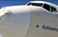 صور : طائر يصطدم بطائرة تُركية ويتسبب في خسائر كبيرة