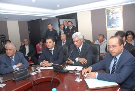 'الأحزاب الصغرى' تهدد بمقاطعة الانتخابات احتجاجاً على 'حصاد'