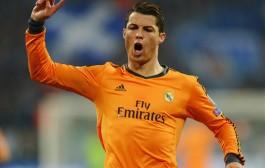 رونالدو يعلن بقاءه في صفوف ريال مدريد لعَامين أخرين