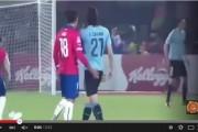 فيديو. مدافع التشيلي يتسبب في طرد كافاني بعمل مُشين