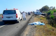 فاجعة. مقتل ستة أشخاص وجرح 13 أخرين في اصطدام شاحنة صهريجية بسيارة نقل الركاب على الطريق السيار نحو طنجة