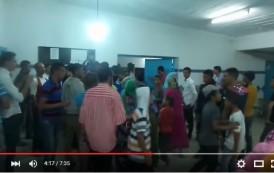 بالفيديو. احتجاجات عارمة بـ'سوق السبت' بعد وفاة سَيدة واعتصام بمستوصف بدون طبيب