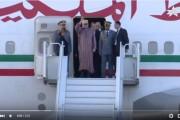 فيديو. استقبال حاشد للملك محمد السادس بمدينة الداخلة