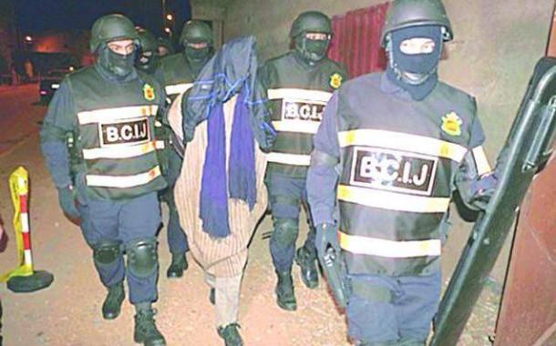 """إيقاف """"داعشيين"""" مرتبطين بخلية """"سيدي بنور"""" أحدهما حاول التسلل للمغرب من الجزائر"""