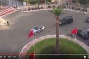 فيديو . الملك محمد السادس رفقة مستشاره الهمة يتجولان بمدينة طنجة