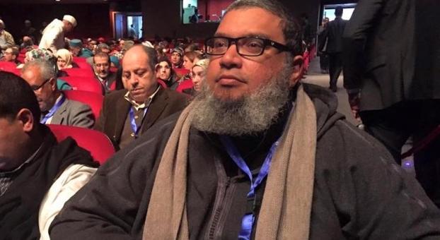 صدق أولا تصدق. السلفي المتشدد 'القباج' صدق صوحافي وتايشد سنوياً الدعم التكميلي تاهو وتيكفّر الصحافيين العلمانيين