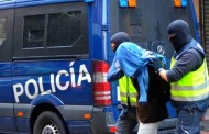 اعتقال مغربي في إسبانيا ربط ابنة اخته بجذع شجرة بعدما ضبطها مع شاب إسباني