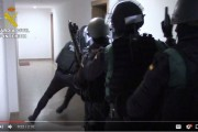 فيديو . لحظة إلقاء القبض على إمامين مغربيين متشددين بإسبانيا
