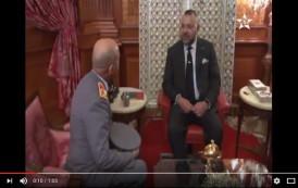 فيديو . الملك محمد السادس يعين 'عبد الفتاح الوراق' مفتشاً عاماً للجيش خلفاً لـ'بوشعيب عروب'