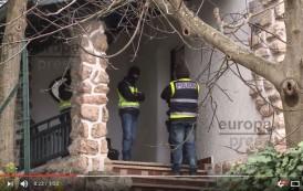 فيديو : إسبانيا تعتقل مدرب ملاكمة مغربي متهم بتجنيد المقاتلين لـ 'داعش'
