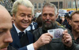 'فيلدرز' يصف المغاربة بالحثالة و يعد بطردهم من هولندا حال فوزه بالإنتخابات البرلمانية