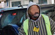 حراس بالبيضاء يلبسون الأكفان احتجاجا على تفويت مواقف السيارات