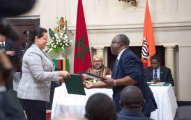 الملك و الرئيس الزامبي يترأسان حفل التوقيع على 19 اتفاقية بين البلدين في قطاعات المالية و السياحة و الصناعة
