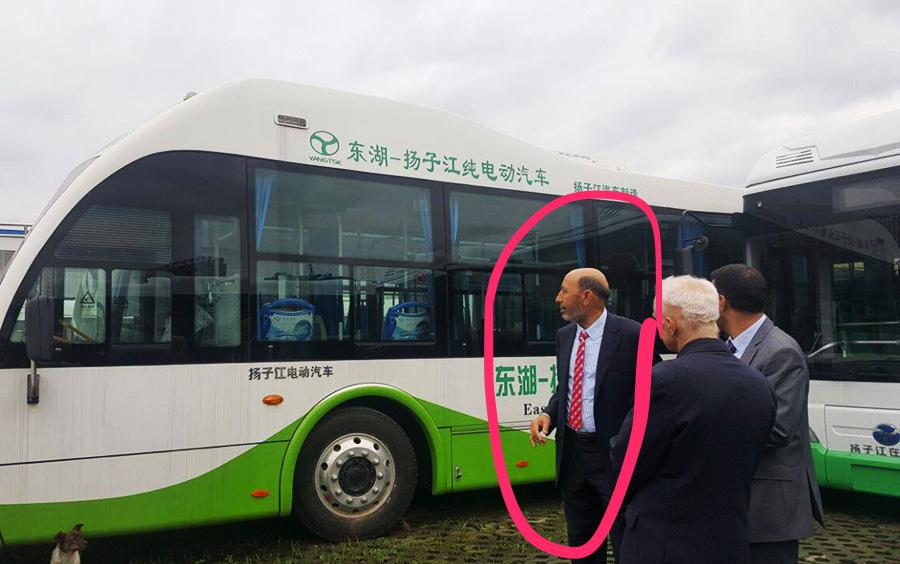 فضيحة مدوية. عُمدة مراكش يعلن اختفاء شركة صينية وقع معها صفقة بـ24مليار لاقتناء حافلات كهربائية