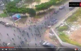 """فيديو . مواجهات بين جماهير الوداد و الرجاء بعد نهاية """"الديربي البيضاوي"""""""