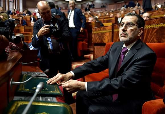العثماني ينبطح لضغوطات البرلمانيين و يستعد لصرف 10 ملايير لإنقاذ صندوق التقاعد