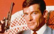 وفاة 'روجر مور' البطل الأسطوري لسلسلة 'جيمس بوند' عن سن 89 عاماً