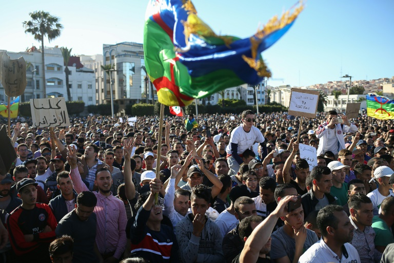 فرانس برس : 50 ألف محتج بالحسيمة نصفهم قاصرين و 'الزفزافي' ردد آيات قرآنية