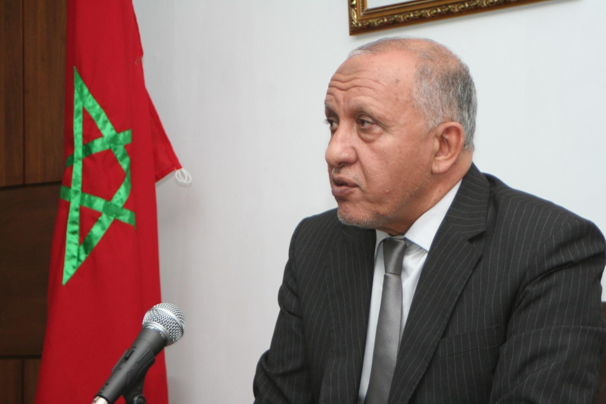 """'المالوكي' عمدة أكادير يخرق البروتوكول الرسمي ويصدر بلاغا حول """"الزيارة الملكية"""""""