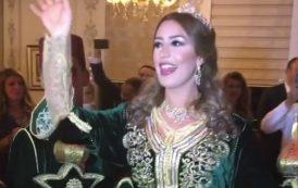 """المغنية المغربية """"جنات"""" تحتفل بخطوبتها من محام مصري مقرب من السيسي"""