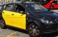 سائق طاكسي مغربي ببرشلونة يحمل مصابةً في حادث الدهس للمستشفى بالمجان ويخاطبها : لسنا كلنا متشابهين