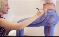فيديو غريب : عارضة أزياء تتجول عارية بسروال وهمي دون أن يكتشفها أحد