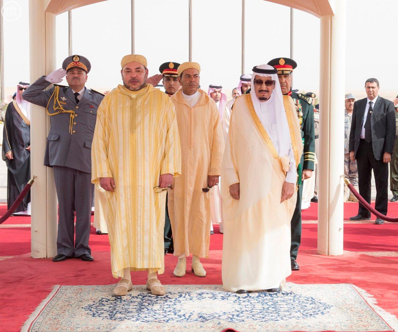 العاهلين السعودي والأردني ورئيس الإمارات يهنؤون محمد السادس بحلول عيد الفطر