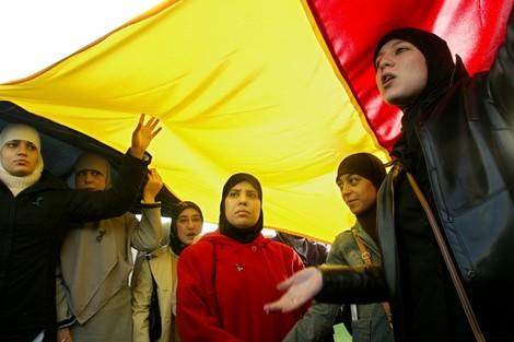بلجيكا تهدد مغاربة 'مرفحين' بدفع غرامات مالية بسبب الإحتيال في السكن الاجتماعي !