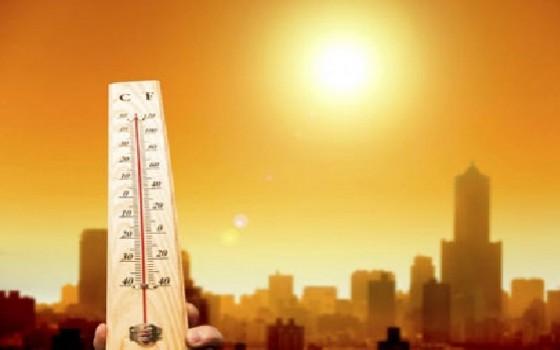 الطقس اليوم الأحد. جو حار نسبياً بمعظم مناطق المملكة