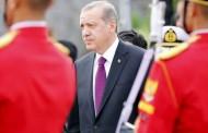 أردوغان يعلن رفع أسعار المحروقات بعد انهيار العُملة المحلية
