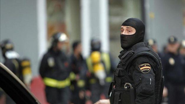إخلاء برج يضم عدة سفارات في مدريد بسبب إنذار قنبلة !