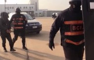 فيديو | لحظة اقتحام منزل بسلا لاعتقال داعشيين !