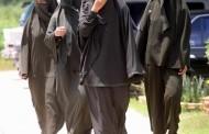 الجزائر تمنع رسمياً النقاب و اللباس الأفغاني بالإدارات العمومية