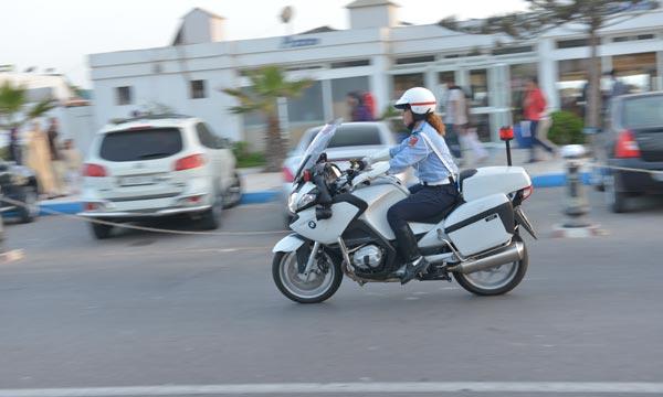 توقيف شرطية بالرباط نصبت على 6 أشخاص وأوهمتهم بالتدخل للحصول على 'گريمات'