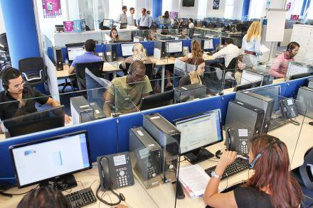 شركة فرنسية تلغي توظيف 200 مهندس مغربي !