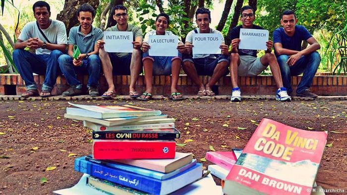 دراسة رسمية : المغربي يقرأ دقيقتين في اليوم و 700 ألف شاب(ة) لم يدرسوا و لا يشتغلون