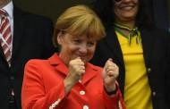ميركل ترد على وزير في حكومتها : الإسلام جزء من ألمانيا !