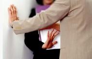 قانون الحقاوي يشدد العقوبات السجنية على المتحرشين في أماكن العمل