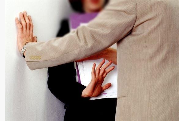 وثائق/ موظفة تتهم رئيس مقاطعة بزاكورة بمحاولة اغتصابها داخل مكتبه !