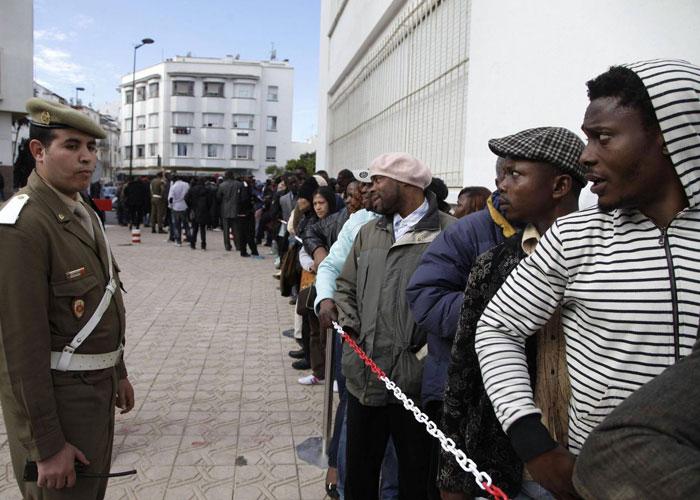 """المغرب يشدد المراقبة على مواطني دول إفريقية بسبب """"الإتجار بالبشر"""" !"""