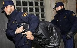 إسبانيا تفكك عصابة متخصصة في سرقة و تهريب لافتات التشوير إلى المغرب