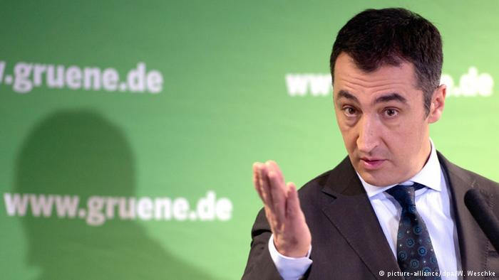 زعيم حزب ألماني يدعو حكومة بلاده لتسهيل التأشيرات لمواطني الدول المغاربية