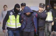 إيطاليا ترحل مغربياً كان يخطط لتنفيذ هجوم إرهابي بسكين