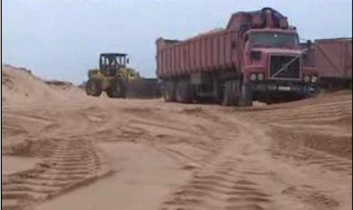 وزارة النقل توقف الترخيص لأكبر شركة مقالع رمال بالمغرب لهذا السبب !