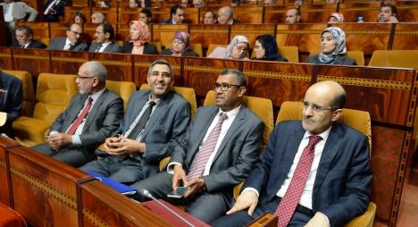 برلمانيو البيجيدي كلفوا المغاربة 900 مليار منذ قيادتهم الحكومة دون أية إضافة