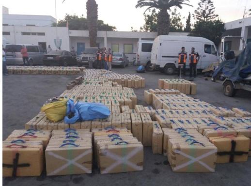 الجيش يحبط عملية تهريب 3.7 طن من 'الشيرا' بالجنوب !