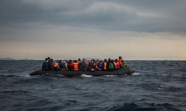 """توقيف 16 مهاجرا سرياً بسواحل الداخلة استعملوا قارب صيد لـ""""الحريك"""" نحو أوربا !"""