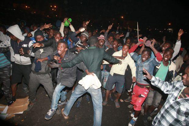 برلماني يشكو ترحيل مهاجرين أفارقة إلى مدن سوس و يحذر من توترات مرتقبة !